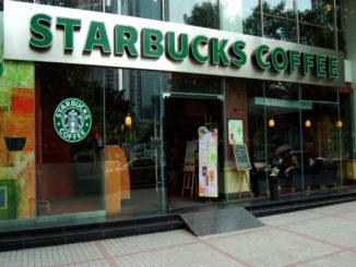 Starbucks-Store-1038x576