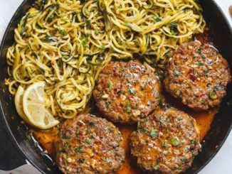 Cheesy-Garlic-Burgers-with-Lemon-Butter-Zucchini-Noodles